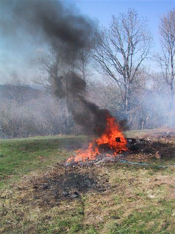 Brûlage à l'air libre et enfouissement